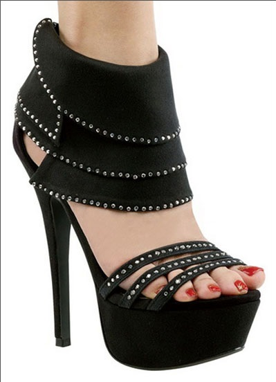 Sexy Lasonia Studded Sandals